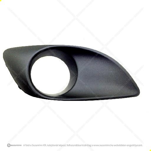 karosszéria / első lökhárító és részei / Suzuki Alto 2009-től ködlámpa burkolat jobb