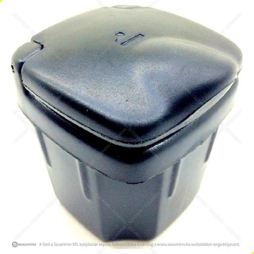 utastér / műszerfal / Suzuki hamutartó gyári